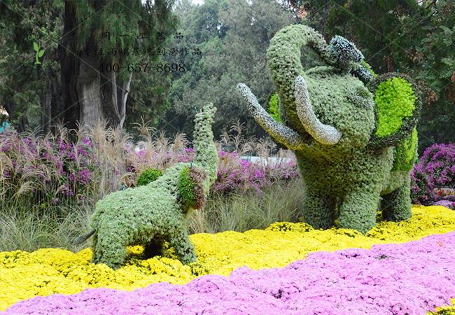 植物绿雕大象母子组合造型