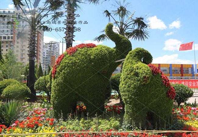植物绿雕大象组合造型